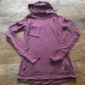 Gap Body Hoodie Pullover Workout Shirt Plum XS.
